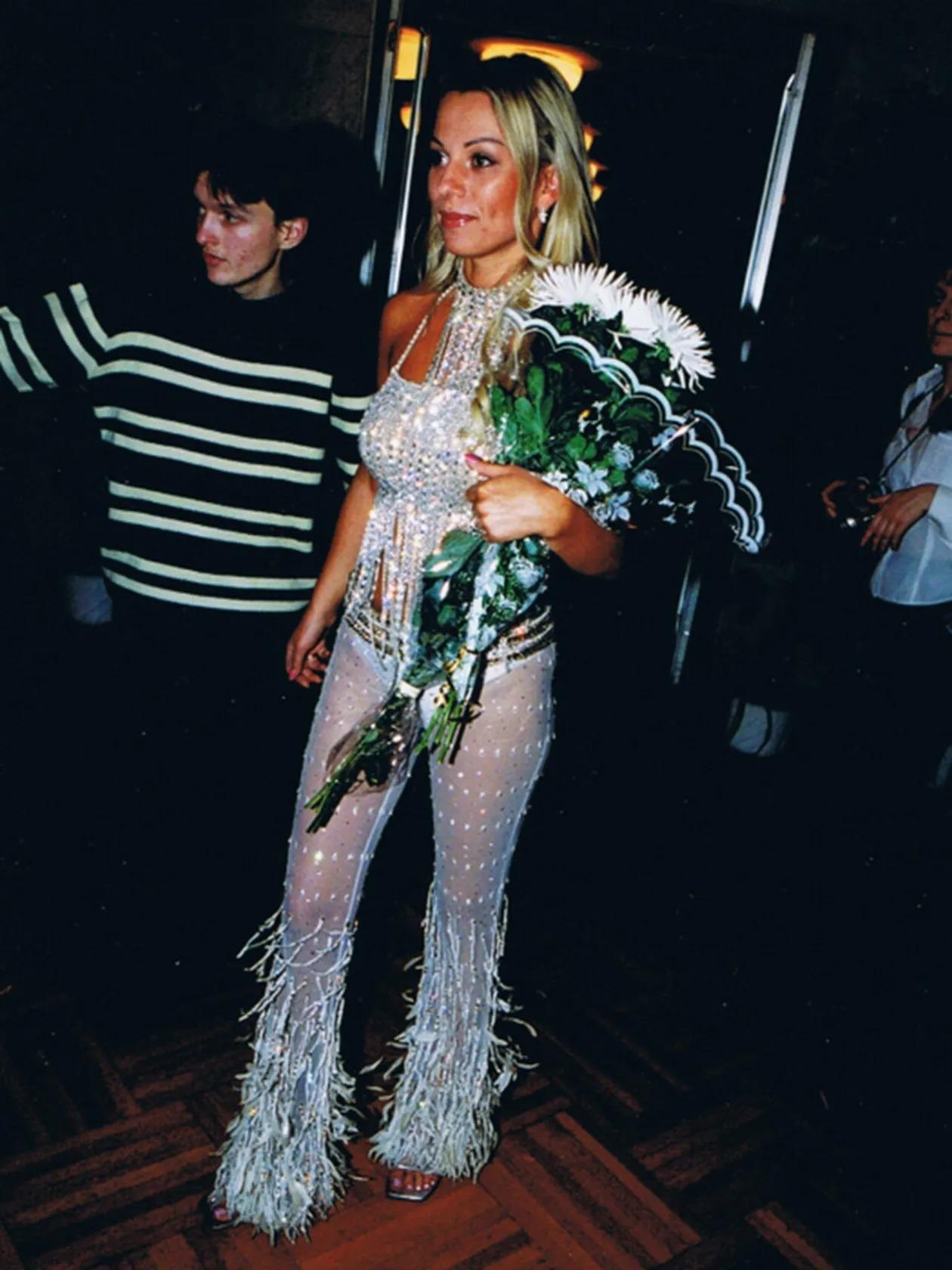 Как одевались российские знаменитости в 1990-е