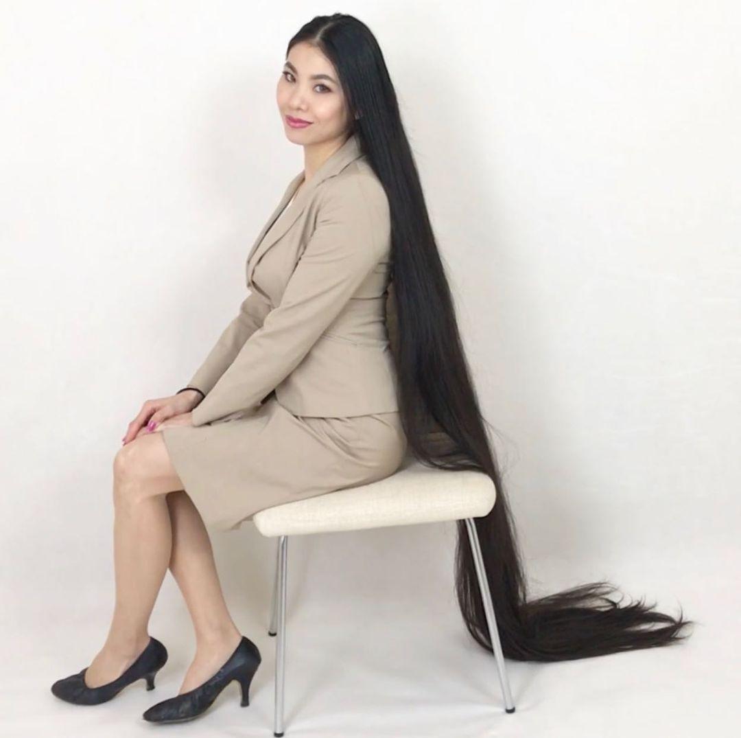 35-летняя японская Рапунцель Рин Камбе
