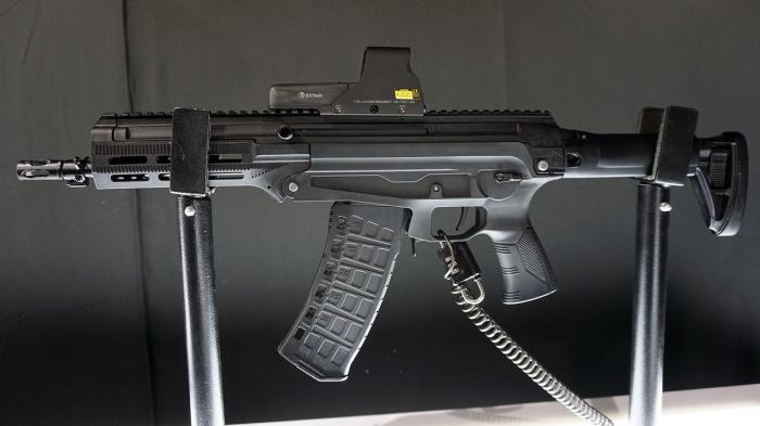 Что представляет из себя новый пластиковый автомат АМ-17