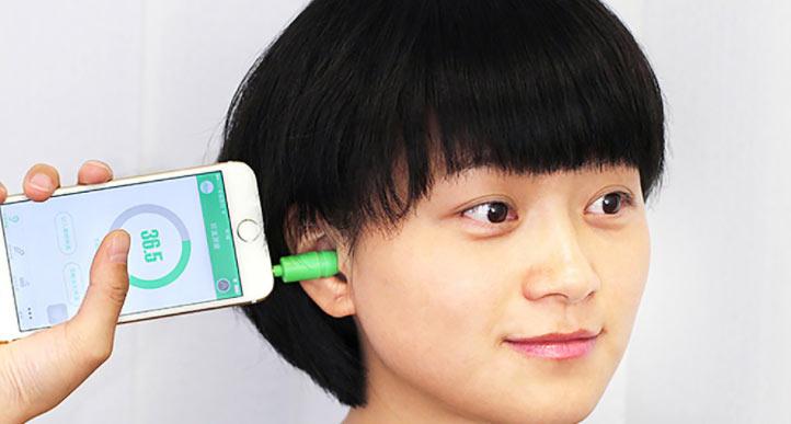 Необычные аксессуары для смартфона: а вы бы такое приобрели?