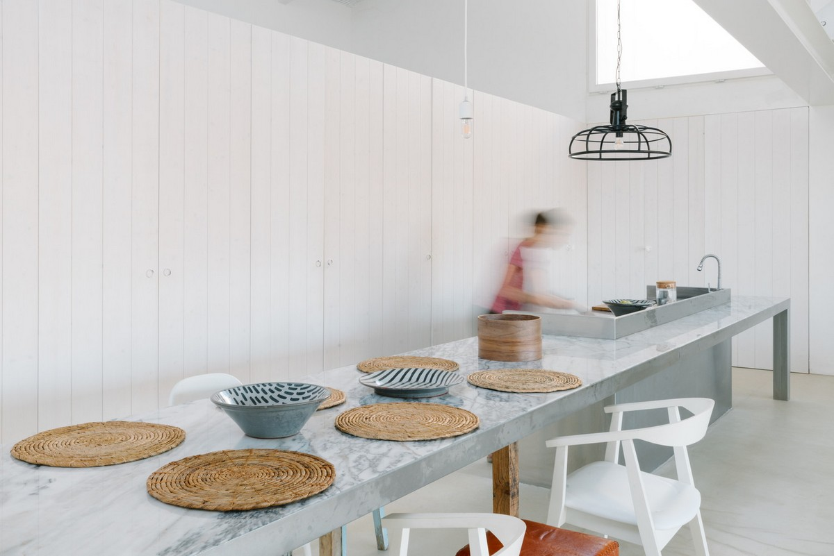 Минималистский сельский дом в Португалии