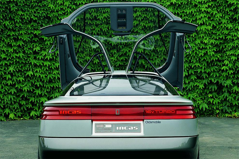 Уникальное авто с самой необычной приборной панелью