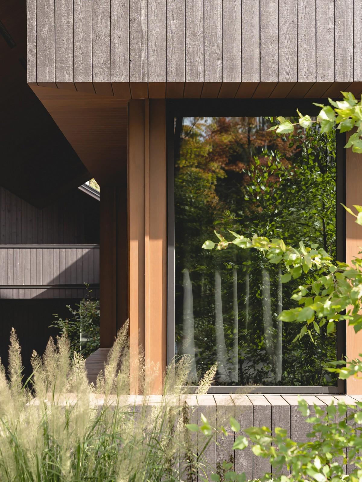 Деревянный загородный дом для семьи в Канаде