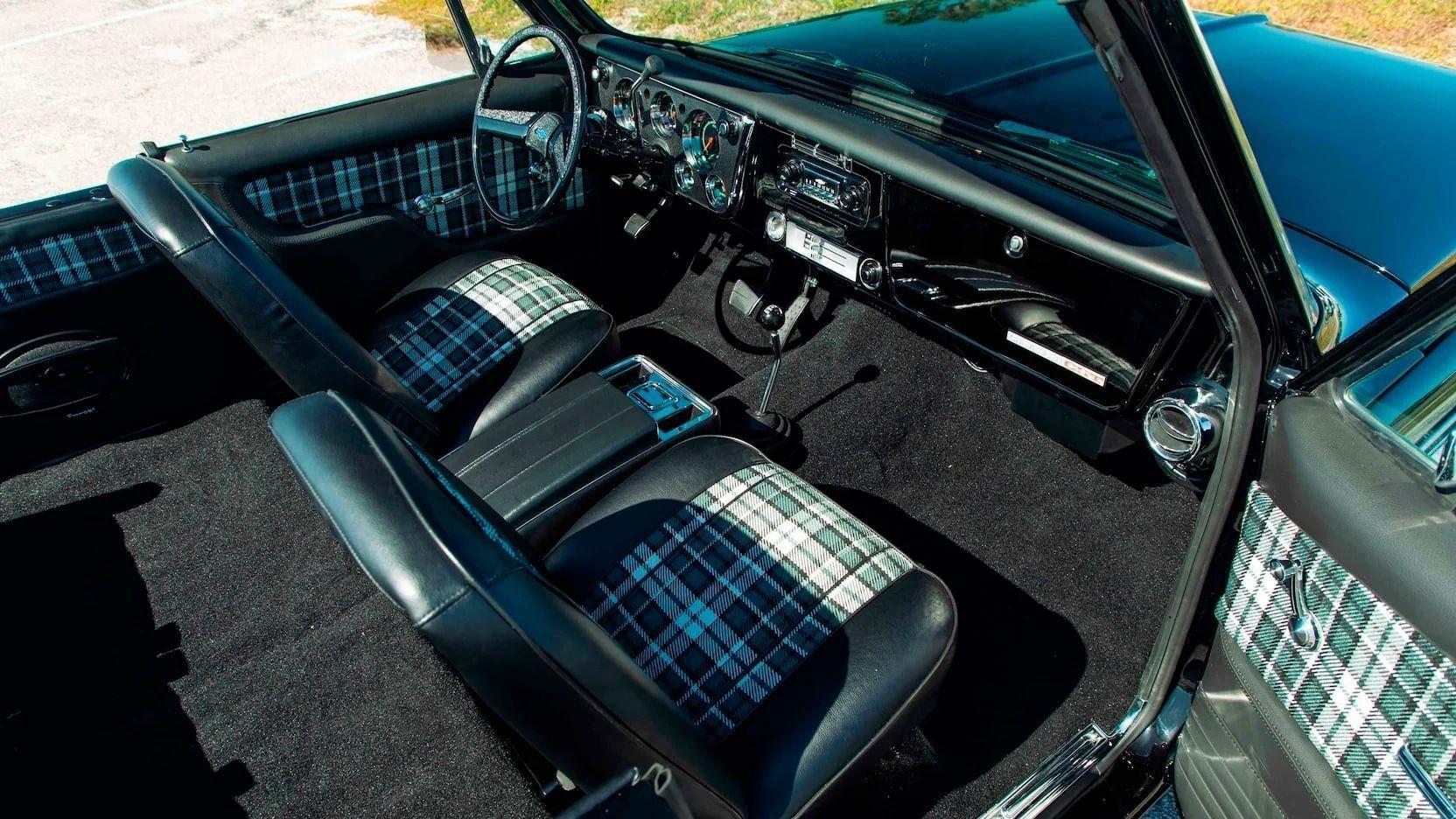 Рестомод Chevrolet K5 Blazer 1972 без крыши