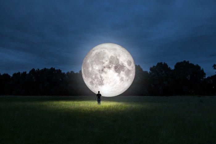 Правда ли, что Луна с каждым годом удаляется от Земли?