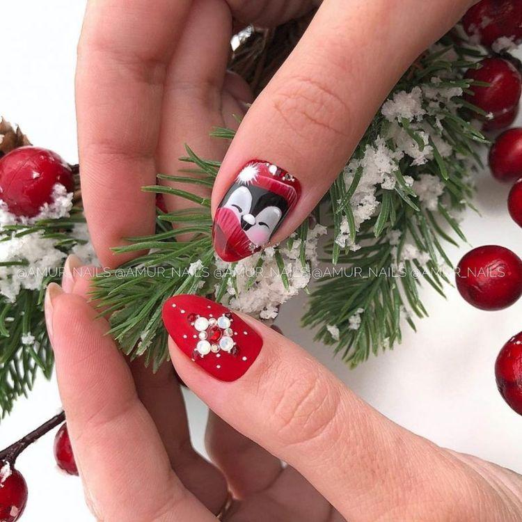 Идеи зимнего маникюра, который подойдёт для праздников