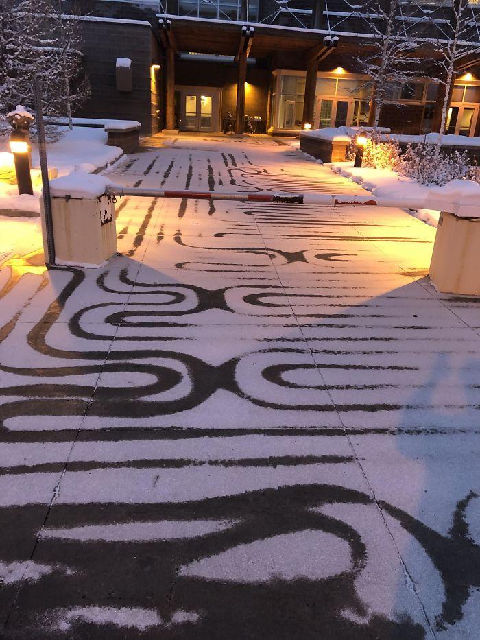 Зима создаёт настоящие произведения искусства