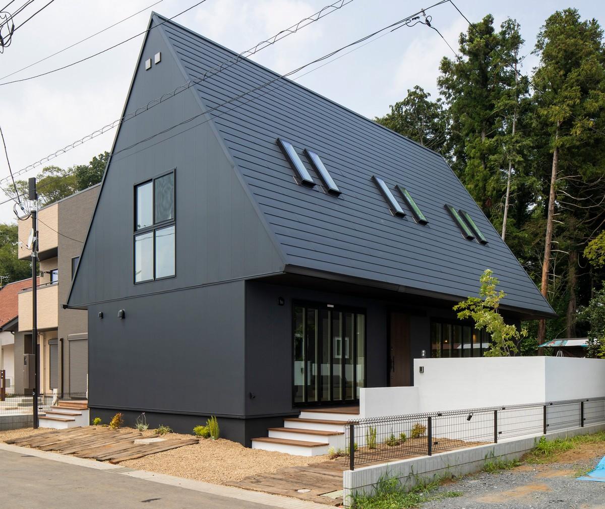 Простой меняющийся дом в Японии