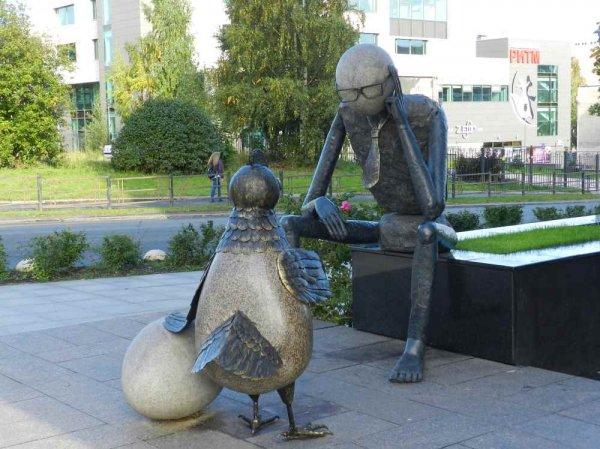 Колоритные и интересные русские скульптуры