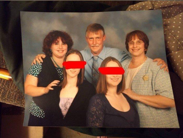 Люди на снимках выглядят старше своего возраста
