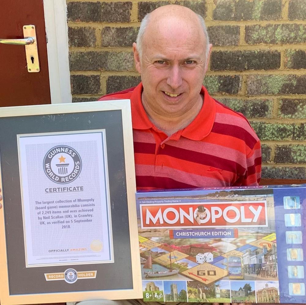 Мужчина собрал самую большую в мире коллекцию Монополий