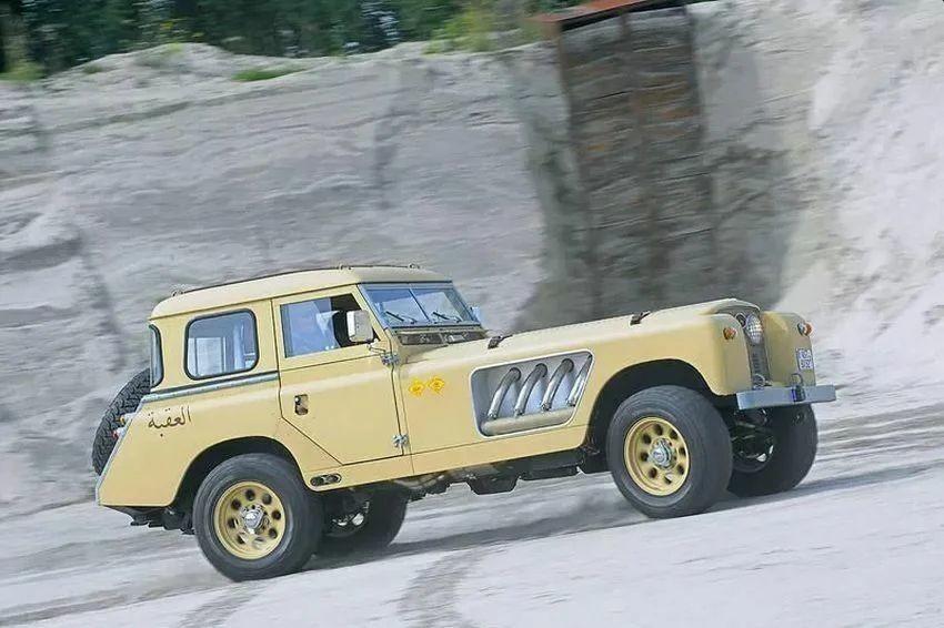 Самый необычный Land Rover в мире Bell Aurens Longnose