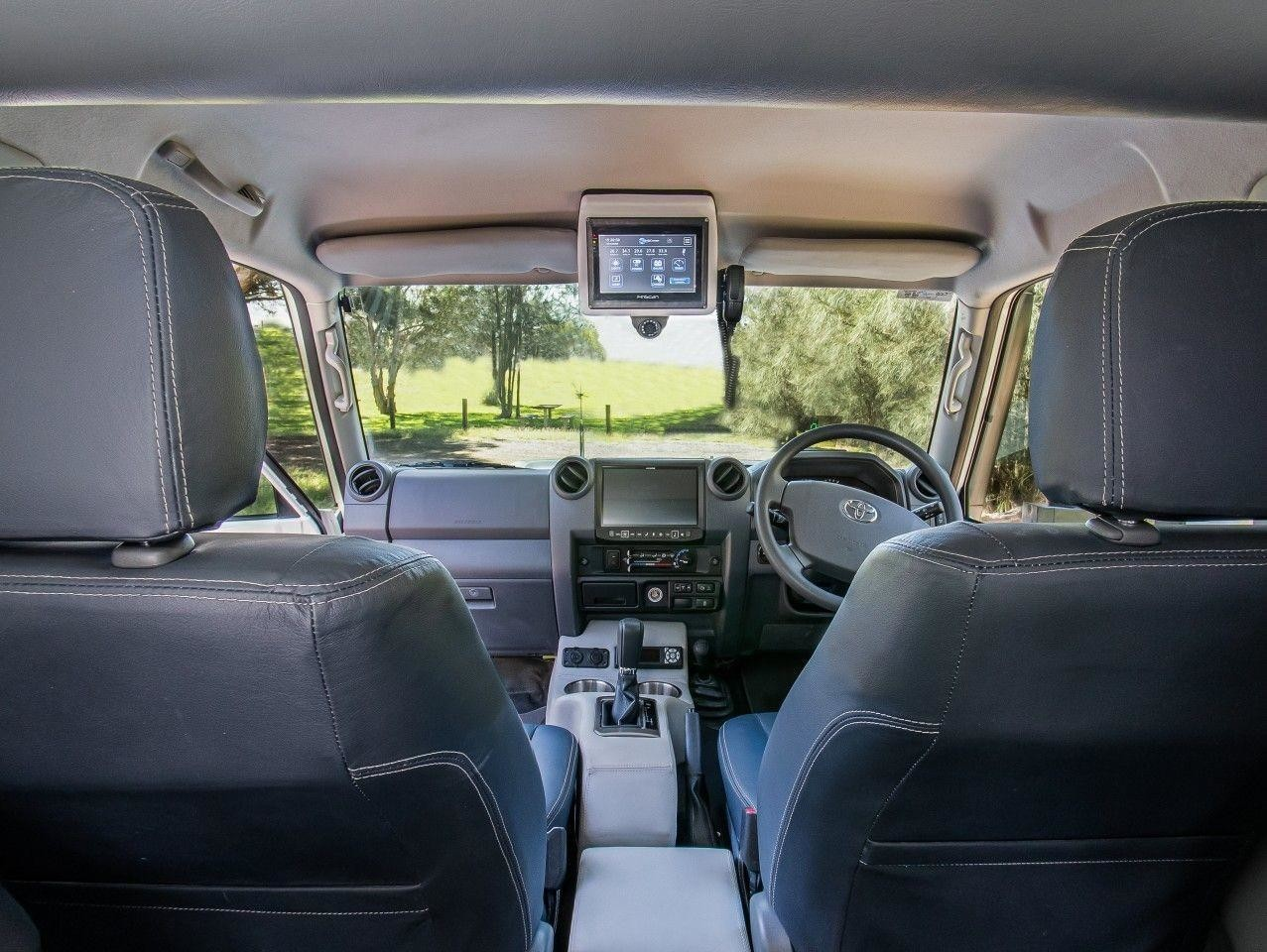 Экспедиционный кемпер Toyota Land Cruiser с подъемной крышей