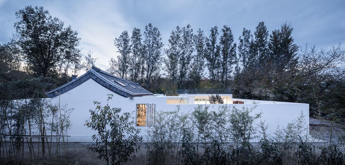 Фермерский дом с двором в Китае Картинки и фото