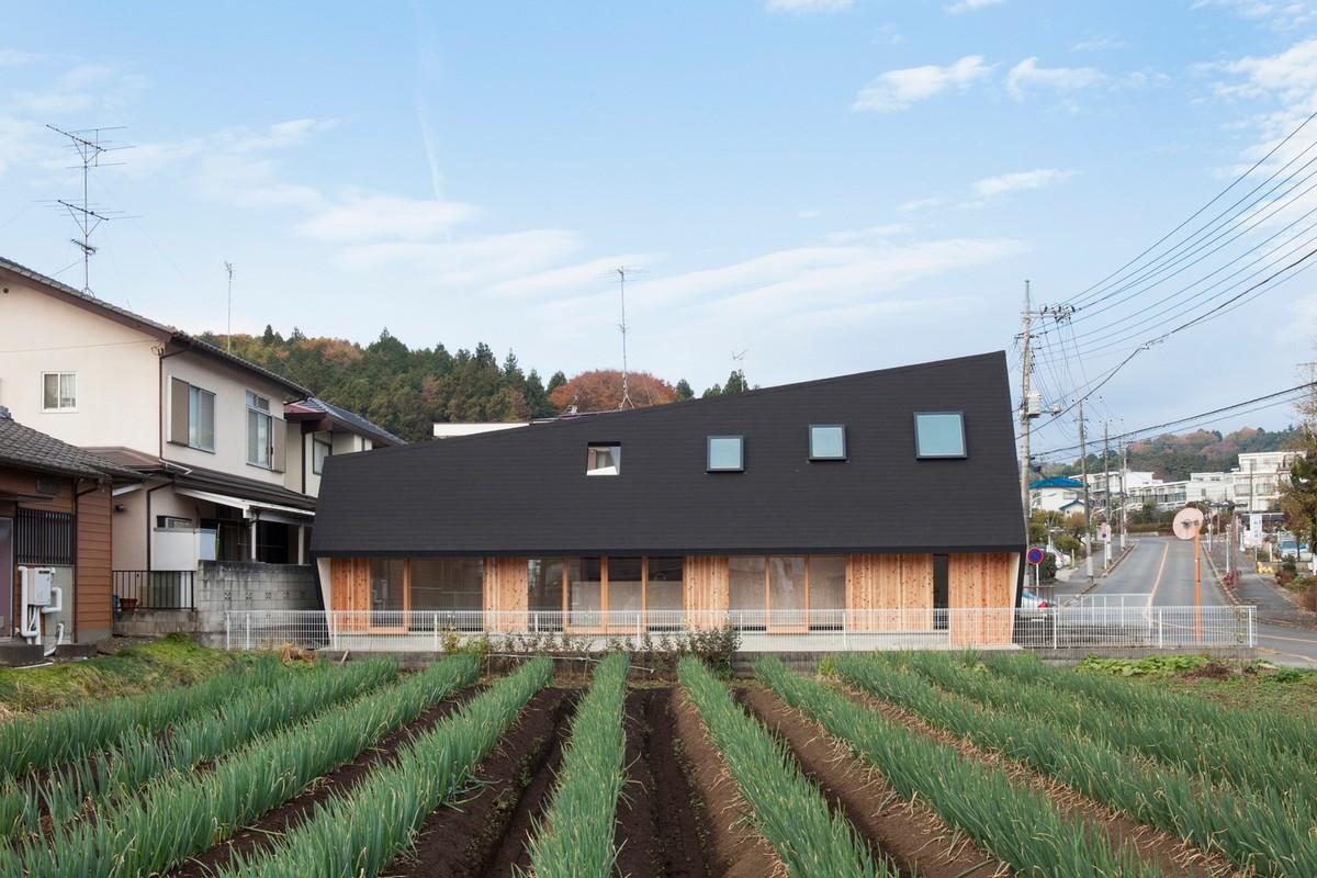 Деревянный садовый дом в Японии