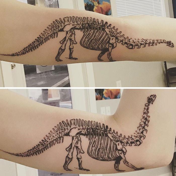 Живые татуировки, которые меняются при сгибании части тела