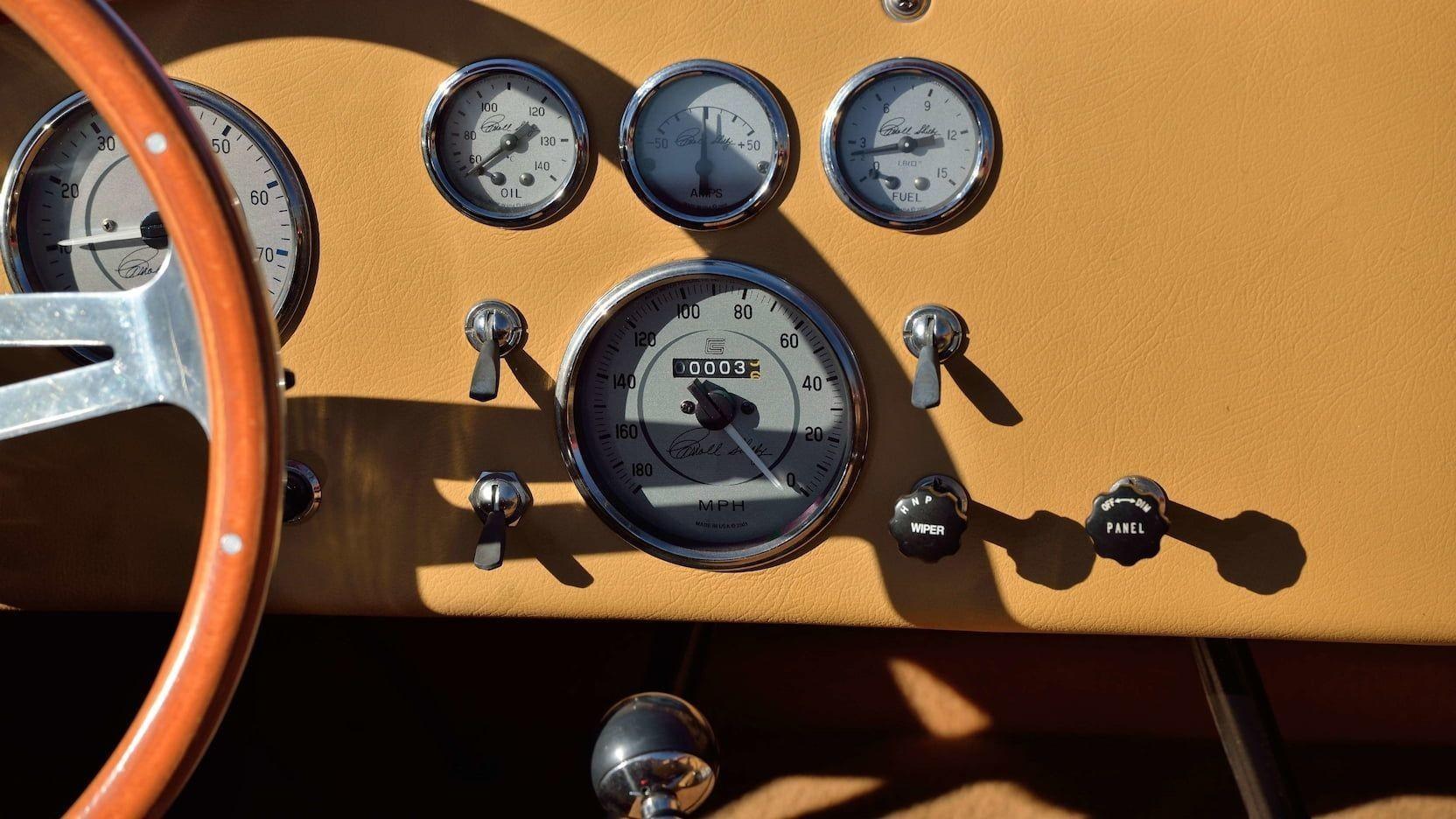 Shelby 427 Cobra FAM 1965 года, принадлежавшая Полу Уокеру