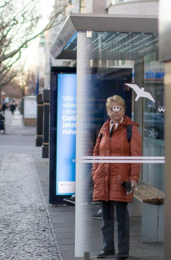 Случайности не случайны в объективе уличного фотографа Ишайи Линденберга