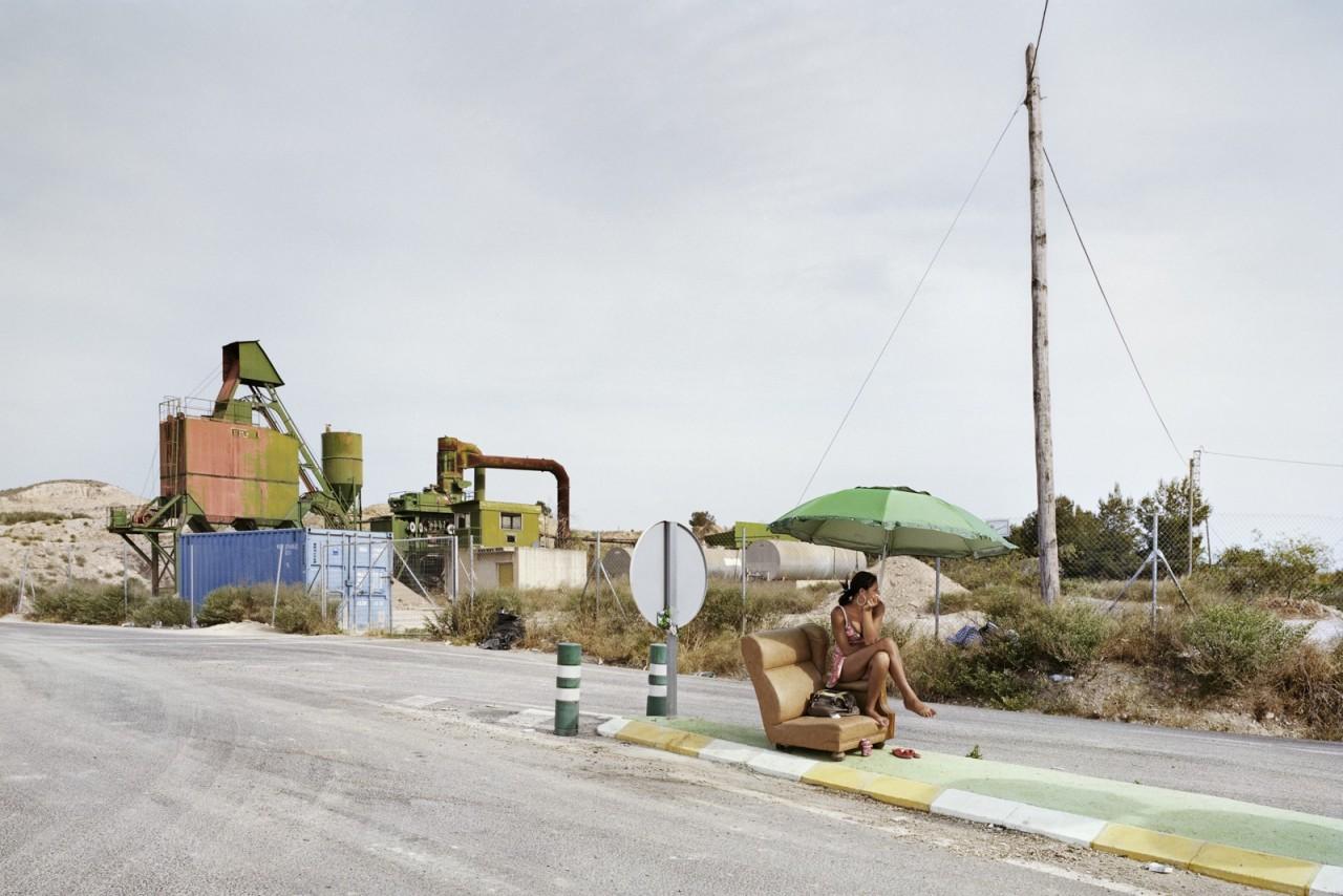Проститутки с испанских дорог в фотопроекте Чема Сальванса
