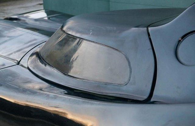 Бэтмобиль из старого Ford Mustang