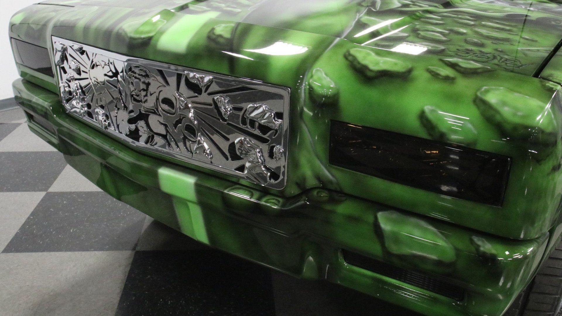 Необычный Chevrolet Caprice 1989 года в стиле Халка