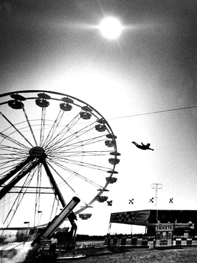 Подборка атмосферных фотографий из 90-х