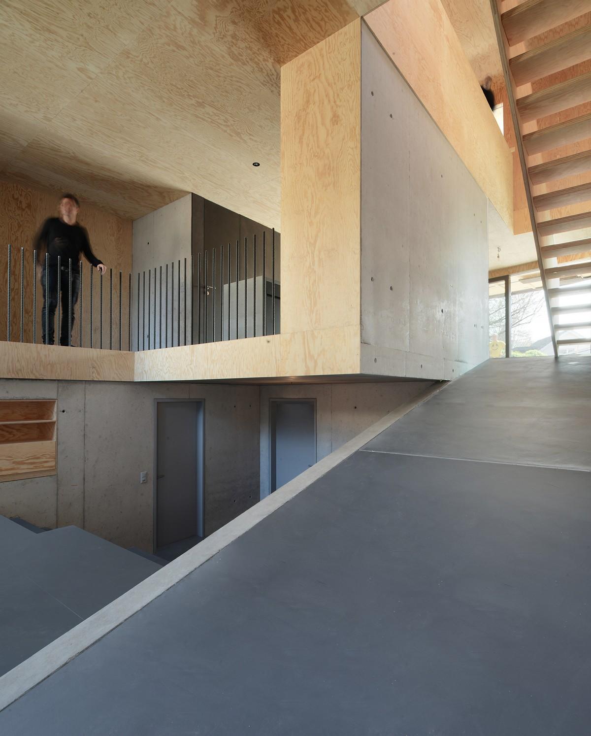 Семейный дом с необычными изогнутыми фасадами в Швейцарии