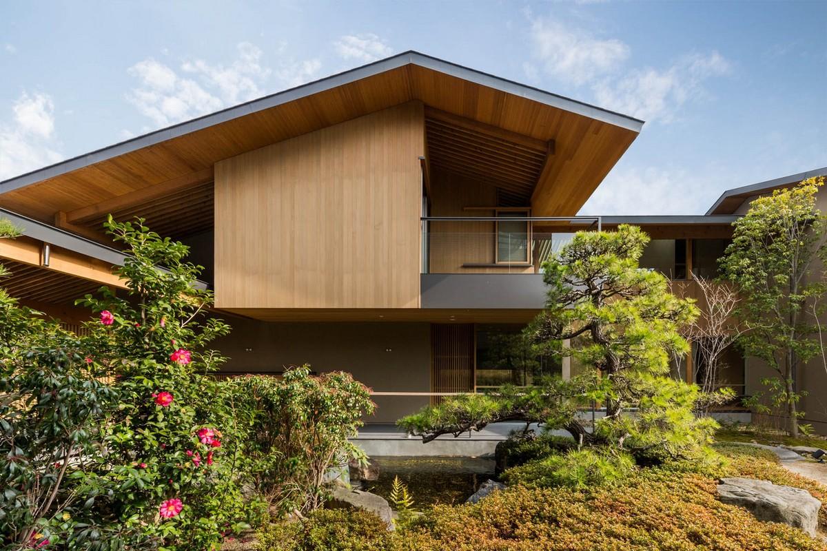 Новый семейный дом с садом на месте старого в Японии