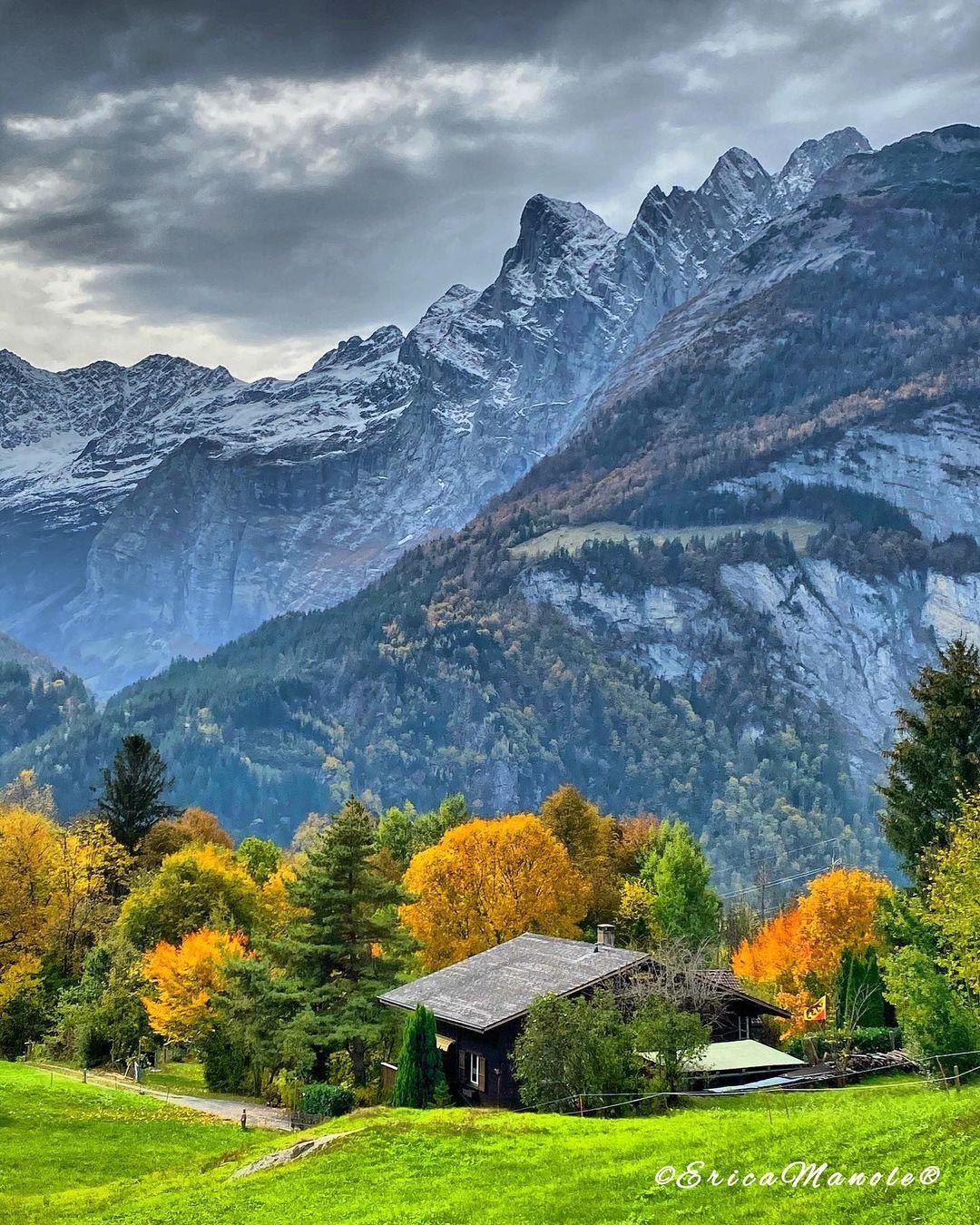 Природные и городские пейзажи из путешествий Эрики Маноле Путешествия