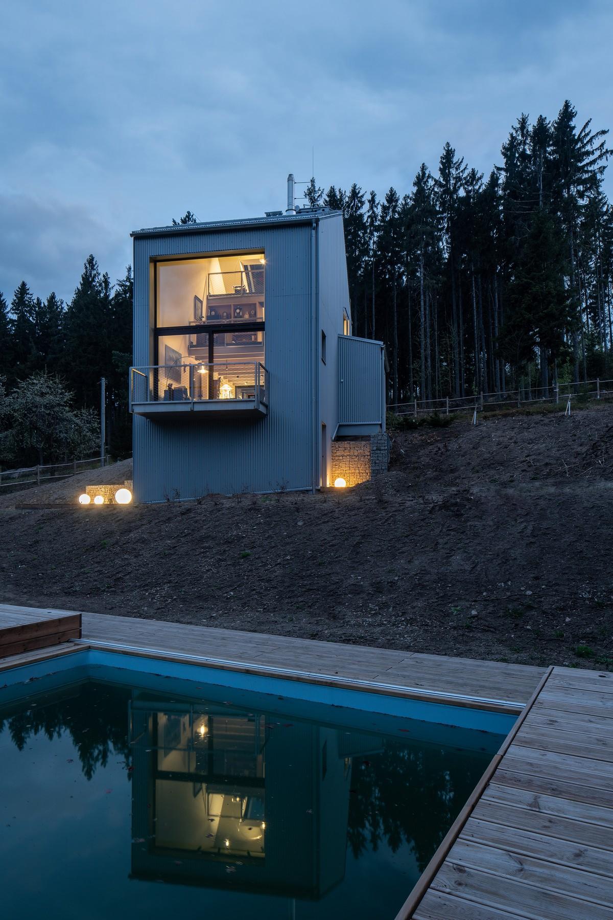 Лесной дачный дом в чешских горах