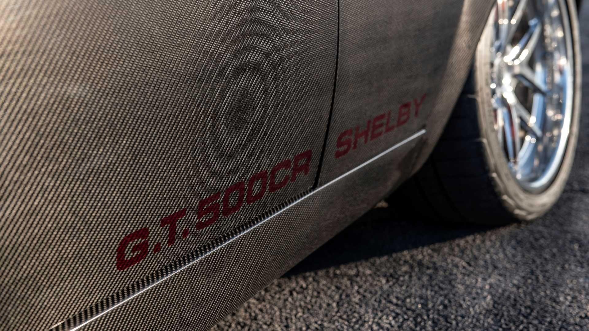Shelby Mustang GT500 CR от Classic Recreations из углеродного волокна