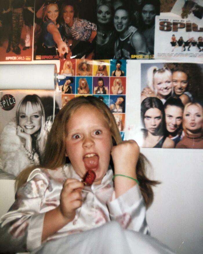 Знаменитости на детских снимках, какими вы их ещё не видели Знаменитости