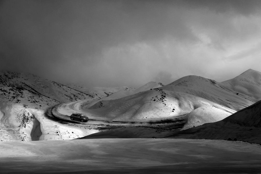 Сюрреалистические снежные фотоработы от Лейлы Эмектар