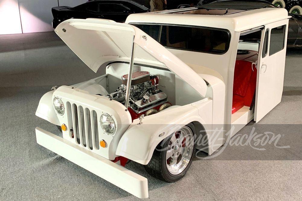 Очень классный почтовый хот-род Jeep