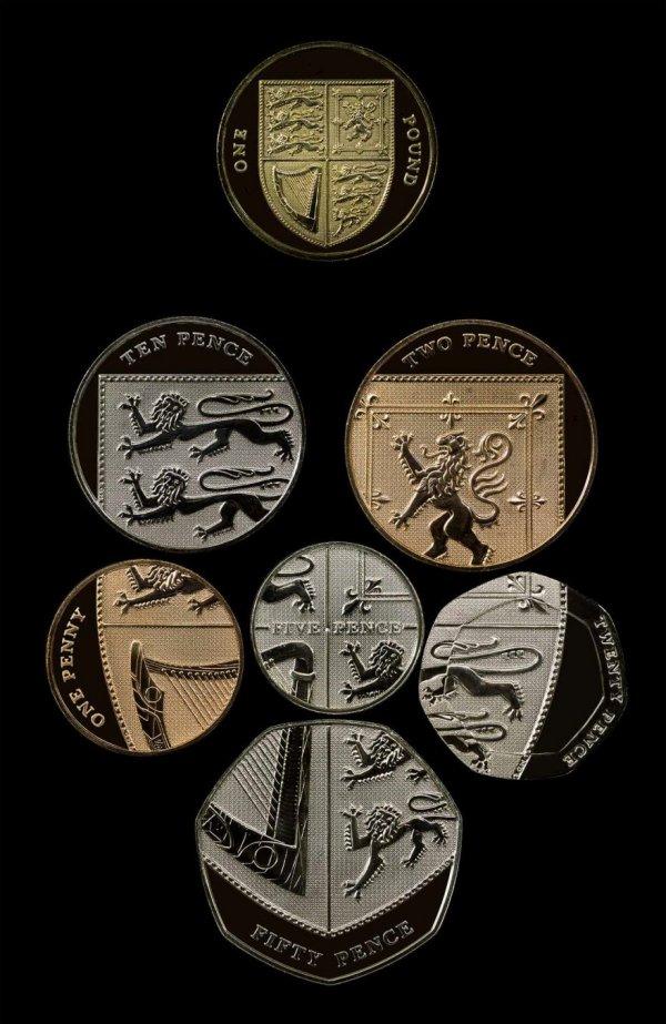 Необычные купюры и монеты со всего мира