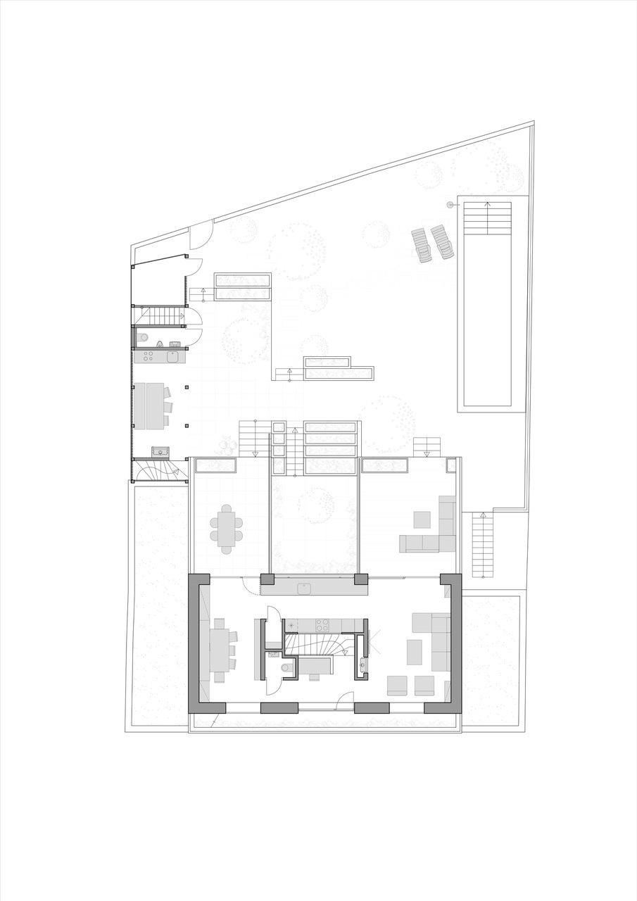 Семейный дом с атриумом и садом в Чехии