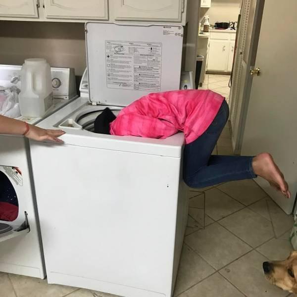 Забавные повседневные трудности невысоких девушек
