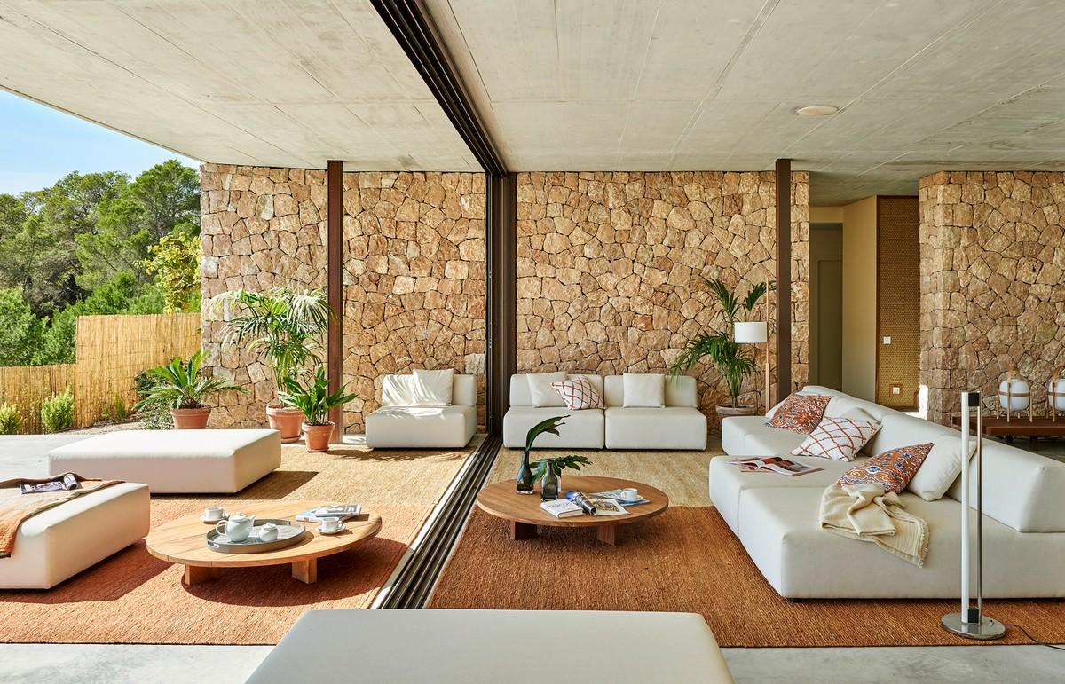 Роскошная современная вилла на острове Ибица
