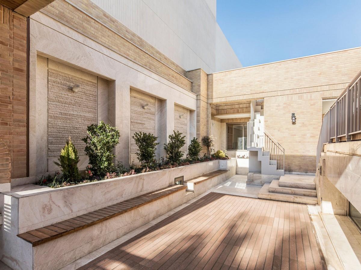 Четырехуровневый дом с современным дизайном в Иране