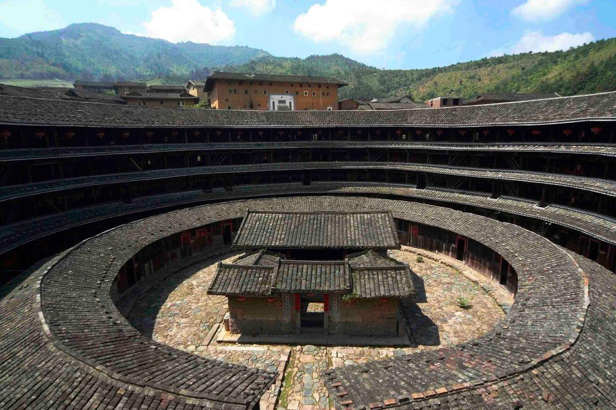 Тулоу - уникальные китайские дома-замки