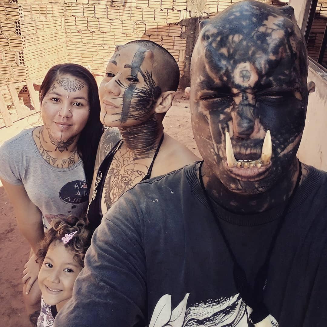 Мужчина из Бразилии превратил себя в настоящего орка