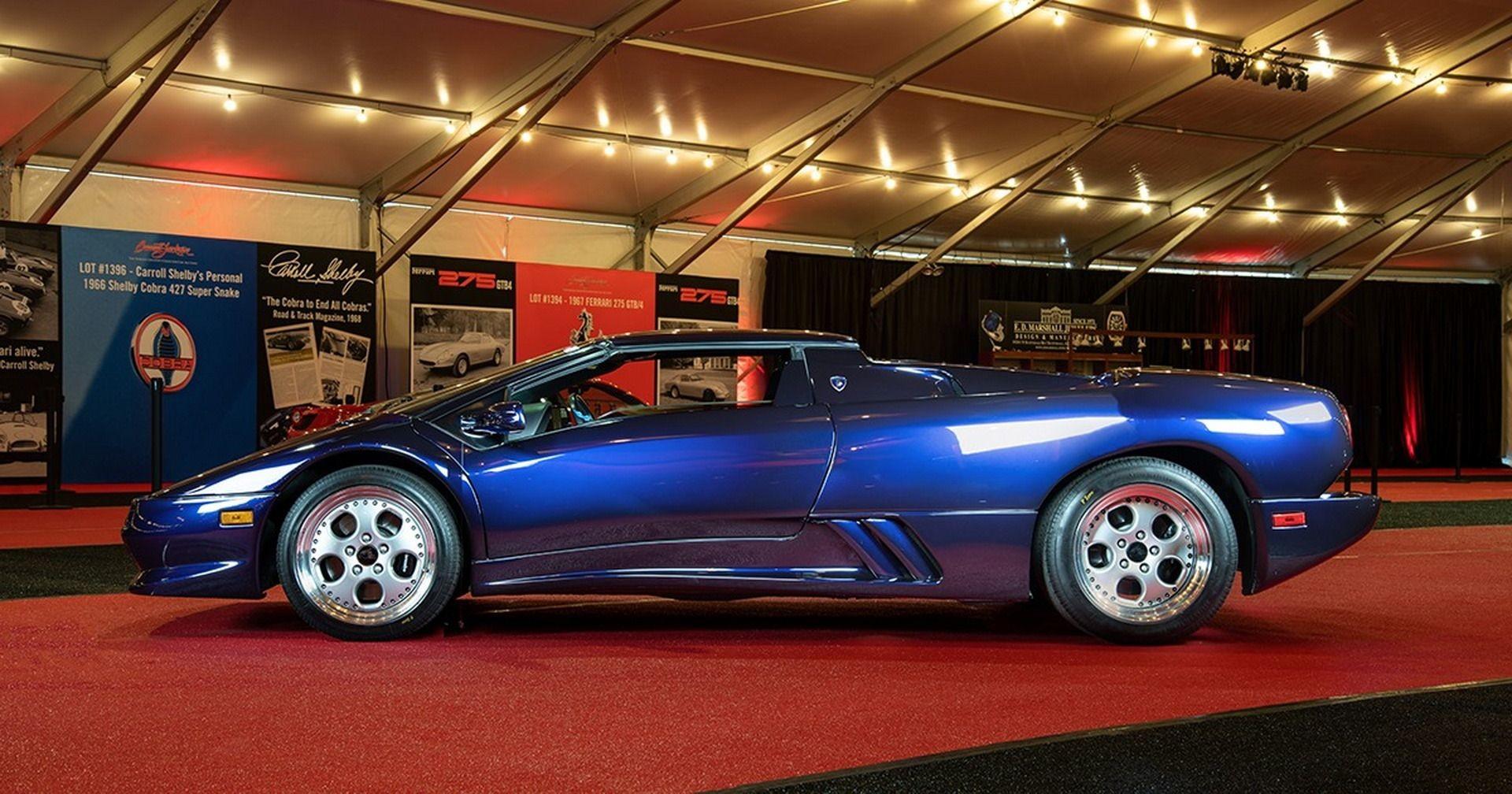 Родстер Lamborghini Diablo VT 1997 года