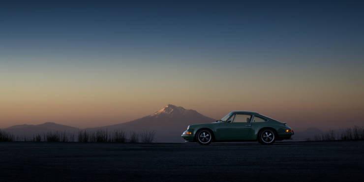 Впечатляющие автомобили разных лет для ценителей