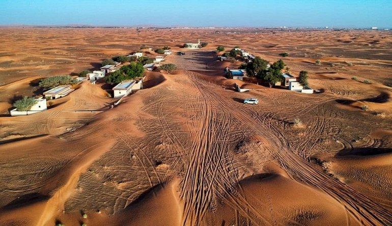Заброшенный поселок-призрак Аль-Мадам в пустыне Эмиратов