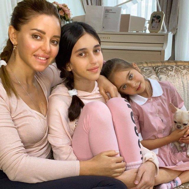 Знаменитые отечественные и зарубежные мамы и их дочери