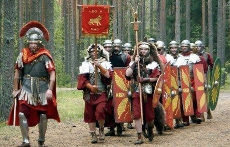 Как римляне и славянские племена контактировали друг с другом?
