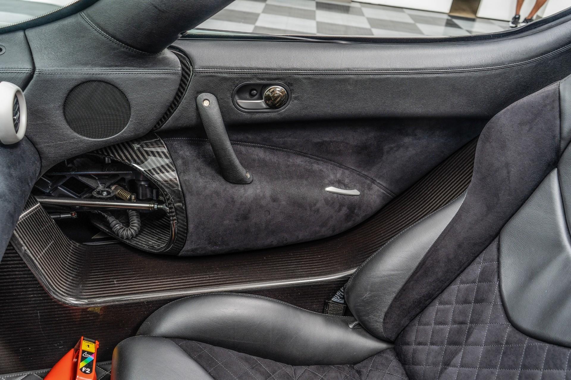 Гиперкар Koenigsegg 2008 года с механической коробкой передач