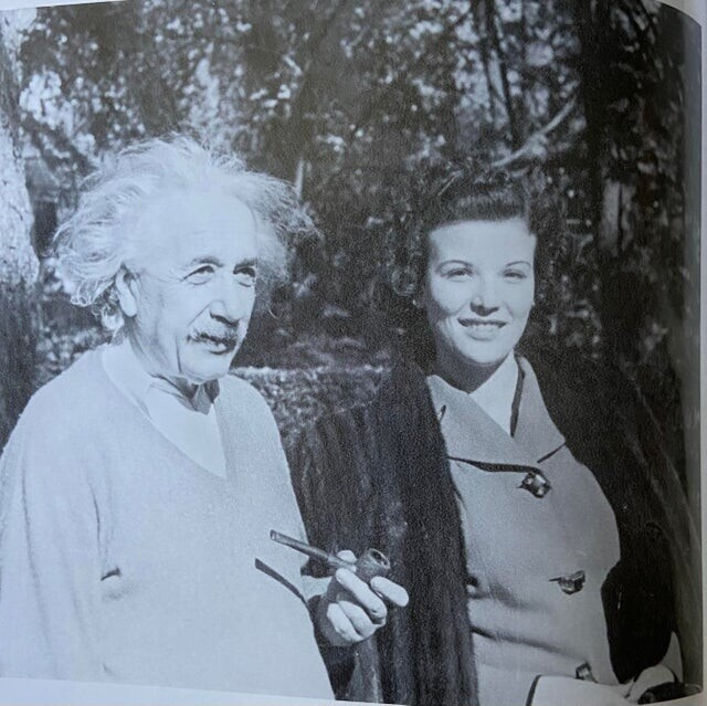Редкие архивные снимки со знаменитостями