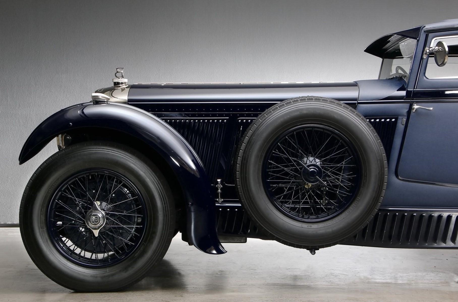 Реплику знаменитого Bentley выставили на продажу
