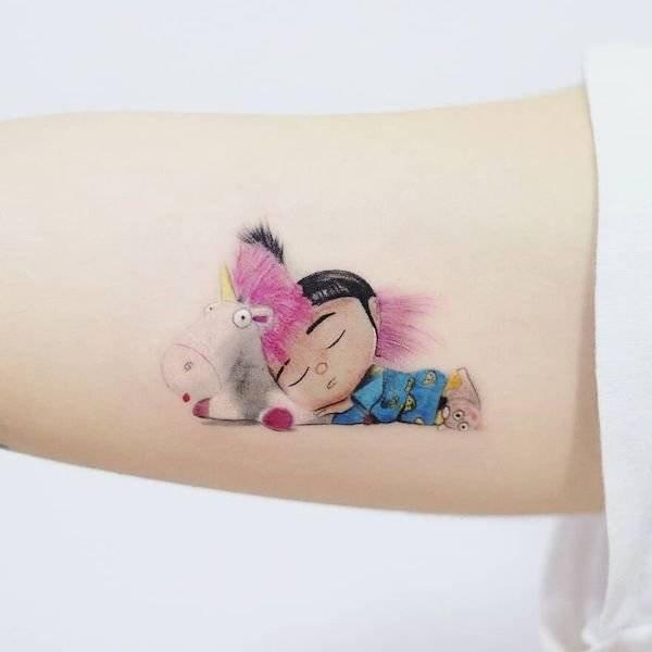 Татуировки от Хакана Адика сочетают знаменитые картины и персонажей поп-культуры